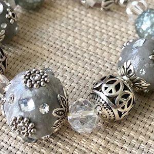 Jewelry - ✨NEW✨Silver & Grey Bead Bracelet